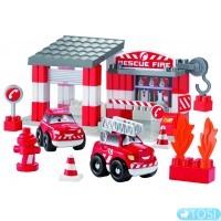 Конструктор Ecoiffier  Скоростное авто. Пожарное депо, 59 элем.